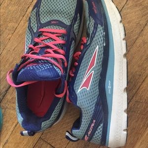 Altra Running Sneaker